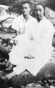 Un giovanissimo Benjamin Pang Jeng Lo (Ben Lo) e Cheng Man Ching